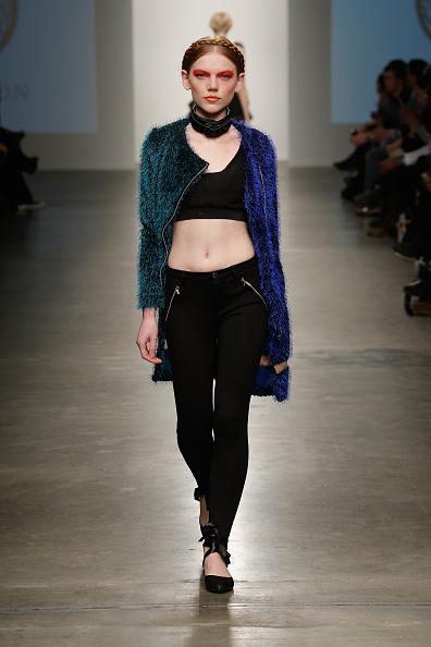 Middle Hair Part「Nolcha New York Fashion Week Fall Winter 2015/2016 - Prieston」:写真・画像(8)[壁紙.com]