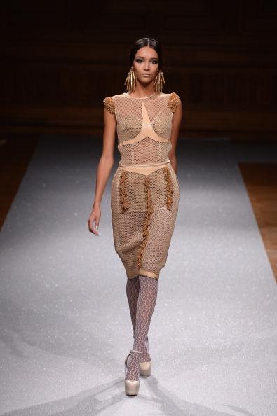 Hosiery「Oscar Carvallo : Runway - Paris Fashion Week : Haute-Couture Fall/Winter 2014-2015」:写真・画像(14)[壁紙.com]