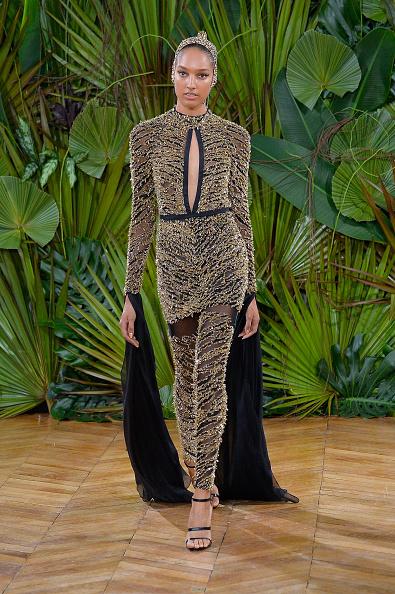 黒「Idan Cohen : Runway - Paris Fashion Week - Haute Couture Fall/Winter 2017-2018」:写真・画像(18)[壁紙.com]