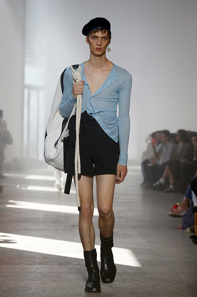 Tied Knot「Ann Demeulemeester : Runway - Paris Fashion Week - Menswear Spring/Summer 2020」:写真・画像(5)[壁紙.com]