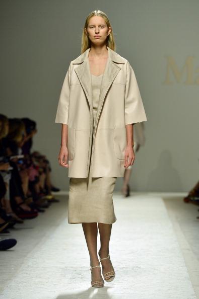 Mid Calf Length「Max Mara - Runway - Milan Fashion Week Womenswear Spring/Summer 2014」:写真・画像(12)[壁紙.com]