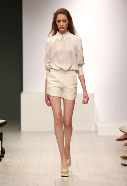 Cream Colored Shorts「Isabell De Hillerin Show - Mercedes-Benz Fashion Week Spring/Summer 2014」:写真・画像(2)[壁紙.com]