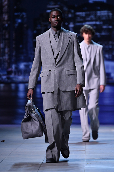Pascal Le Segretain「Louis Vuitton : Runway - Paris Fashion Week - Menswear F/W 2019-2020」:写真・画像(7)[壁紙.com]