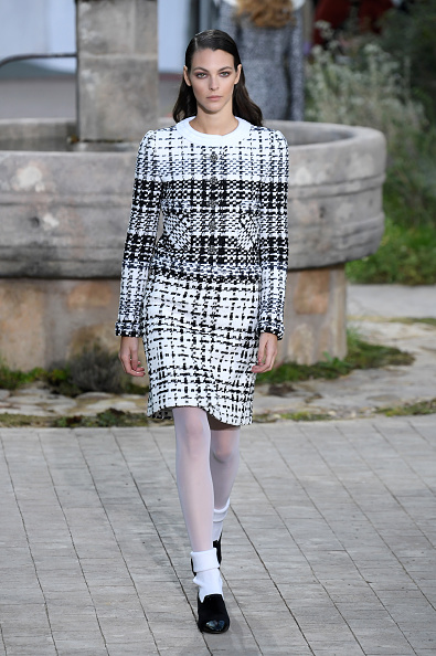 Spring Summer Collection「Chanel : Runway - Paris Fashion Week - Haute Couture Spring/Summer 2020」:写真・画像(19)[壁紙.com]