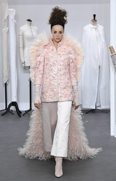 Chanel Jacket「Chanel : Runway - Paris Fashion Week - Haute Couture Fall/Winter 2016-2017」:写真・画像(12)[壁紙.com]