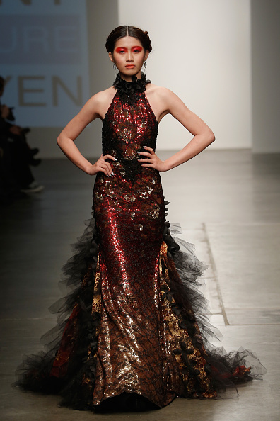 Chelsea Piers「Nolcha New York Fashion Week Fall Winter 2015/2016 - Danny Nguyen Couture」:写真・画像(3)[壁紙.com]