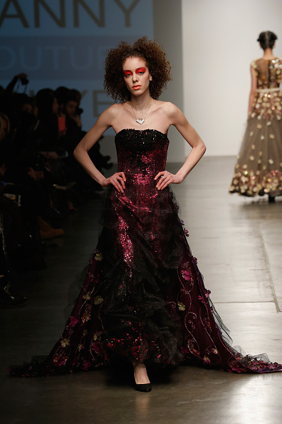 Chelsea Piers「Nolcha New York Fashion Week Fall Winter 2015/2016 - Danny Nguyen Couture」:写真・画像(15)[壁紙.com]