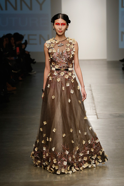Chelsea Piers「Nolcha New York Fashion Week Fall Winter 2015/2016 - Danny Nguyen Couture」:写真・画像(16)[壁紙.com]