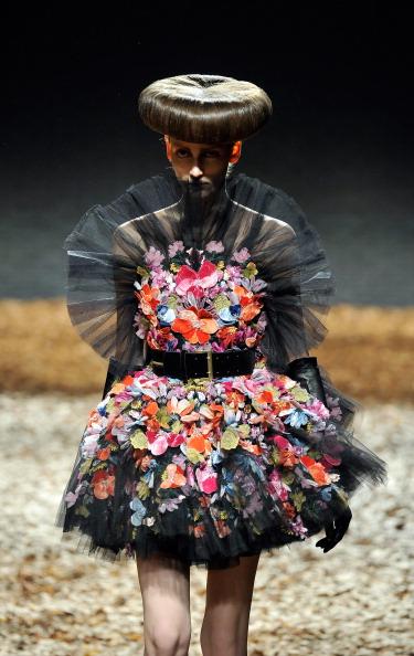 ロンドンファッションウィーク「McQ Alexander McQueen: Runway - LFW Autumn/Winter 2012」:写真・画像(8)[壁紙.com]