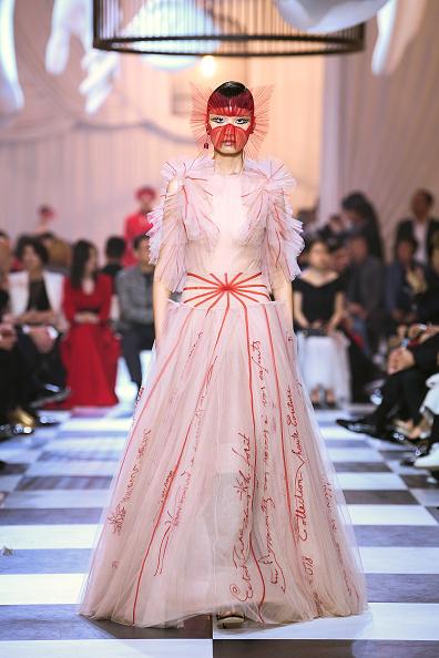 Shanghai「Christian Dior Haute-Couture Show In Shanghai - Runway」:写真・画像(18)[壁紙.com]