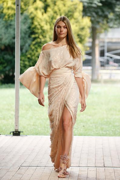 High Heels「Redemption : Runway - Paris Fashion Week - Haute Couture Fall/Winter 2019/2020」:写真・画像(18)[壁紙.com]