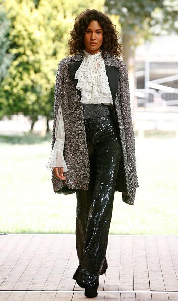Ruffled Shirt「Redemption : Runway - Paris Fashion Week - Haute Couture Fall/Winter 2019/2020」:写真・画像(12)[壁紙.com]