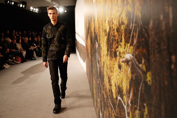 Tristan Fewings「Coach: Presentation - London Collections: Men AW15」:写真・画像(2)[壁紙.com]