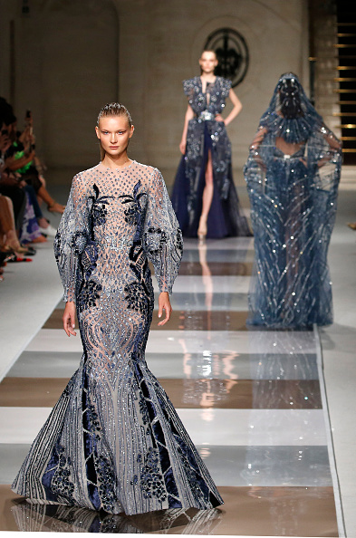 Thierry Chesnot「Ziad Nakad : Runway - Paris Fashion Week - Haute Couture Fall/Winter 2019/2020」:写真・画像(14)[壁紙.com]