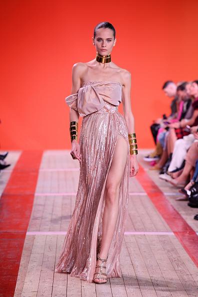 Elie Saab - Designer Label「Elie Saab : Runway - Paris Fashion Week - Womenswear Spring Summer 2020」:写真・画像(15)[壁紙.com]