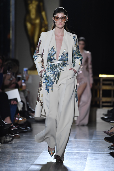 Elie Saab - Designer Label「Elie Saab : Runway - Paris Fashion Week - Haute Couture Spring Summer 2019」:写真・画像(14)[壁紙.com]