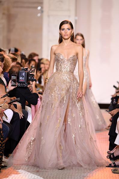 Elie Saab - Designer Label「Elie Saab : Runway - Paris Fashion Week - Haute Couture Fall Winter 2018/2019」:写真・画像(17)[壁紙.com]