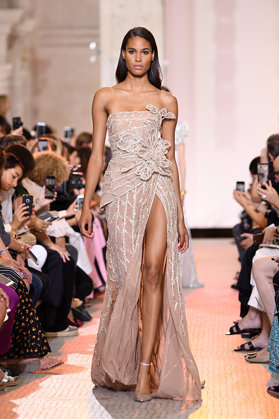 Elie Saab - Designer Label「Elie Saab : Runway - Paris Fashion Week - Haute Couture Fall Winter 2018/2019」:写真・画像(9)[壁紙.com]