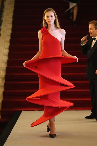 Spiral「Pierre Cardin: 70 Years of Innovation - Runway」:写真・画像(2)[壁紙.com]