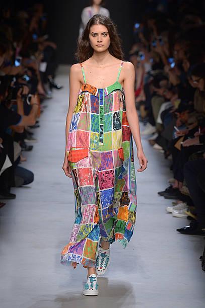 Leonard Paris : Runway - Paris Fashion Week Womenswear Spring/Summer 2016:ニュース(壁紙.com)