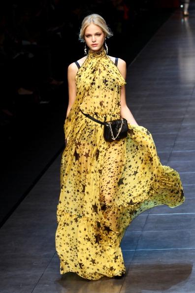 Dolce & Gabbana show「Dolce & Gabbana: Milan Fashion Week Womenswear Autumn/Winter 2011」:写真・画像(14)[壁紙.com]