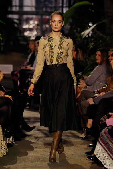Shirt「Runway - Lena Hoschek Fashion Show Berlin」:写真・画像(3)[壁紙.com]