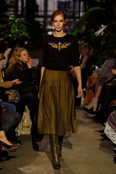 Three Quarter Length Sleeve「Runway - Lena Hoschek Fashion Show Berlin」:写真・画像(8)[壁紙.com]