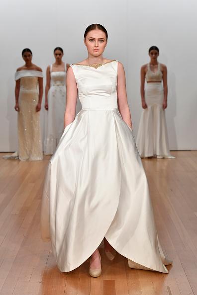 Wedding Dress「Ivory and Stone Bridal, Mallo - Runway - New Zealand Fashion Week 2019」:写真・画像(12)[壁紙.com]
