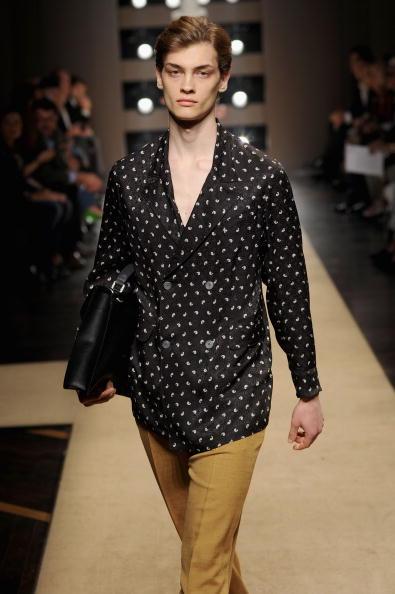 Spring Collection「Gianfranco Ferre: Milan Fashion Week Menswear S/S 2011」:写真・画像(13)[壁紙.com]