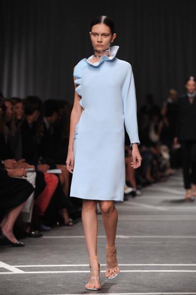 Pastel Colored「Givenchy: Runway - Paris Fashion Week Womenswear Spring / Summer 2013」:写真・画像(11)[壁紙.com]