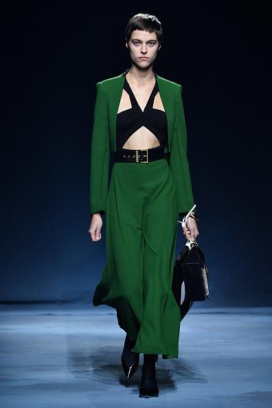 Givenchy「Givenchy : Runway - Paris Fashion Week Womenswear Spring/Summer 2019」:写真・画像(16)[壁紙.com]