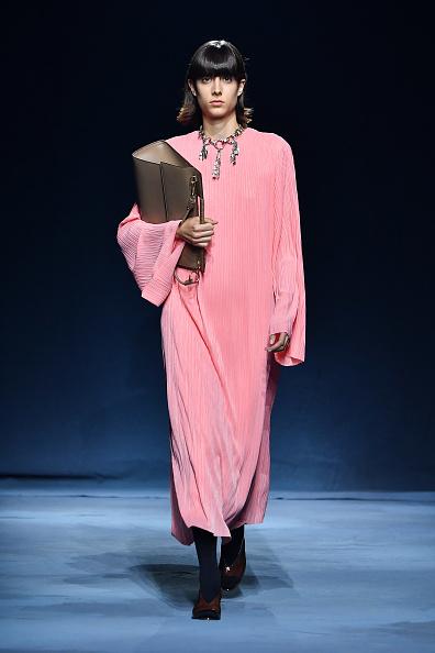 Givenchy「Givenchy : Runway - Paris Fashion Week Womenswear Spring/Summer 2019」:写真・画像(15)[壁紙.com]