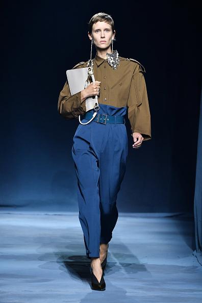 Givenchy「Givenchy : Runway - Paris Fashion Week Womenswear Spring/Summer 2019」:写真・画像(6)[壁紙.com]
