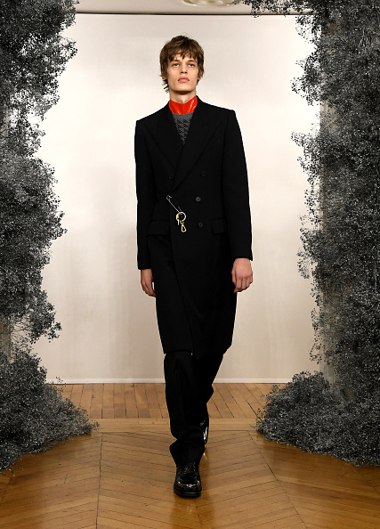 Black Coat「Givenchy : Runway - Paris Fashion Week - Menswear F/W 2020-2021」:写真・画像(18)[壁紙.com]