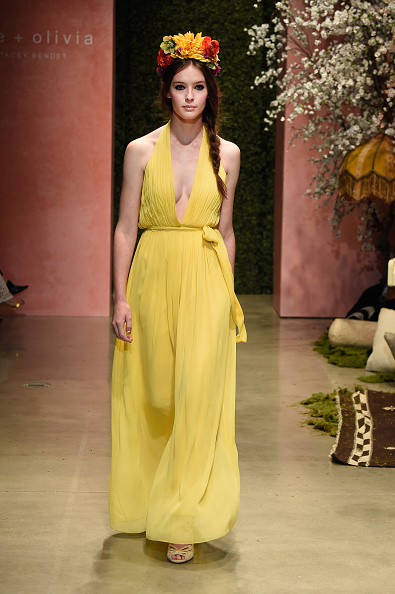 Yellow Dress「alice + olivia by Stacey Bendet Los Angeles Runway Show」:写真・画像(15)[壁紙.com]