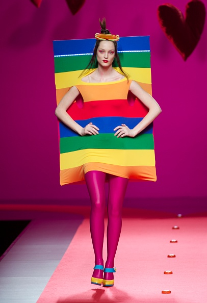 Prada「Agatha Ruiz de la Prada: Cibeles Fashion Week A/W 2011」:写真・画像(18)[壁紙.com]