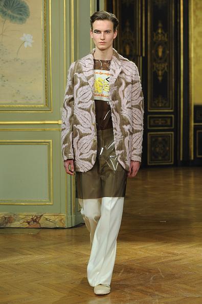 Francois Durand「Walter Van Beirendonck : Runway - Paris Fashion Week - Menswear F/W 2015-2016」:写真・画像(15)[壁紙.com]