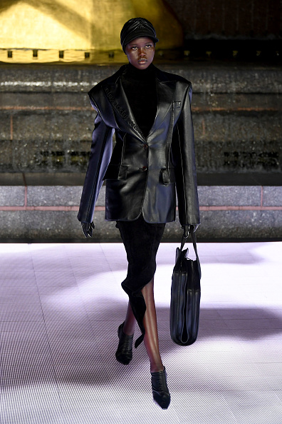 Leather Jacket「Alexander Wang Collection 1 - Runway」:写真・画像(4)[壁紙.com]