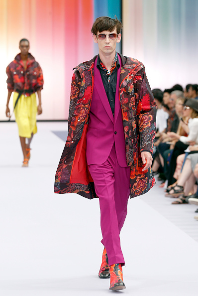 Multi Colored Coat「Paul Smith : Runway - Paris Fashion Week - Menswear Spring/Summer 2018」:写真・画像(8)[壁紙.com]