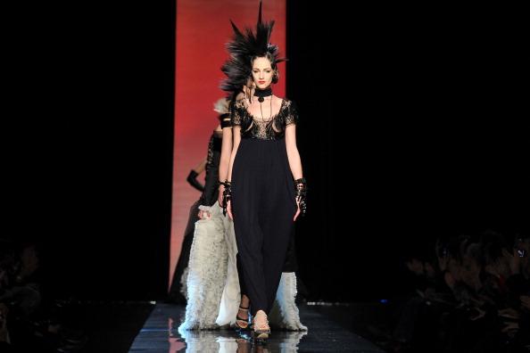 Atelier - Fashion「Jean-Paul Gaultier - Runway - Paris Fashion Week Haute Couture S/S 2011」:写真・画像(15)[壁紙.com]