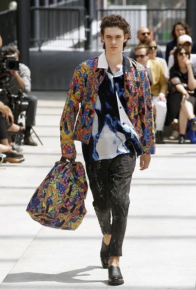 Open Collar「Issey Miyake Men : Runway - Paris Fashion Week - Menswear Spring/Summer 2017」:写真・画像(6)[壁紙.com]