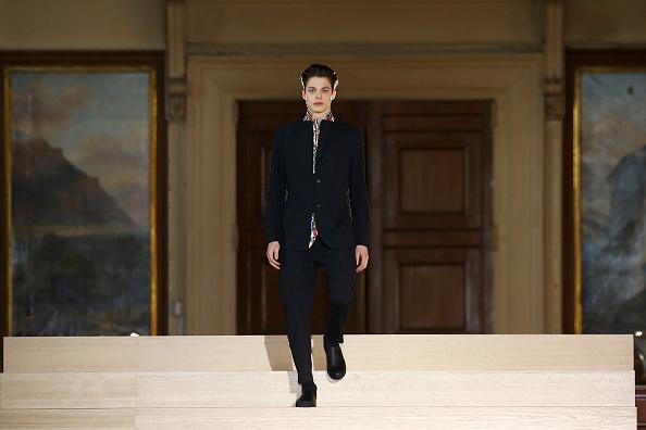 パリ・メンズ・ファッションウィーク「Issey Miyake Men : Runway - Paris Fashion Week - Menswear F/W 2017-2018」:写真・画像(10)[壁紙.com]