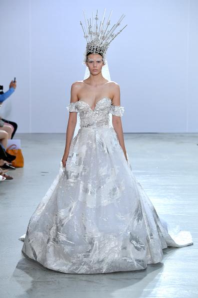 Sweetheart Neckline「Celia Kritharioti: Runway- Paris Fashionw Week - Haute Couture Fall/Winter 2019/2020」:写真・画像(5)[壁紙.com]