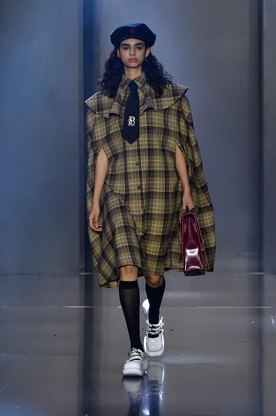 Beret「Tmall Cool China : Runway - Paris Fashion Week - Womenswear Spring Summer 2020」:写真・画像(12)[壁紙.com]