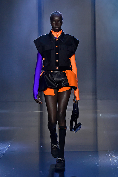Knee Length「Tmall Cool China : Runway - Paris Fashion Week - Womenswear Spring Summer 2020」:写真・画像(11)[壁紙.com]