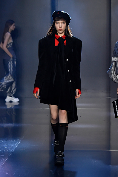Beret「Tmall Cool China : Runway - Paris Fashion Week - Womenswear Spring Summer 2020」:写真・画像(10)[壁紙.com]