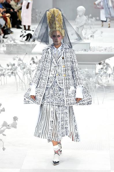 Spring Summer Collection「Thom Browne : Runway - Paris Fashion Week - Womenswear Spring Summer 2020」:写真・画像(19)[壁紙.com]