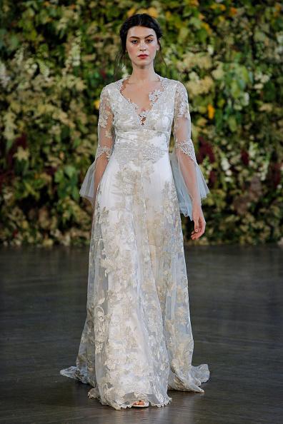 Bridal Show「Fall 2015 Bridal Collection - Claire Pettibone - Show」:写真・画像(3)[壁紙.com]