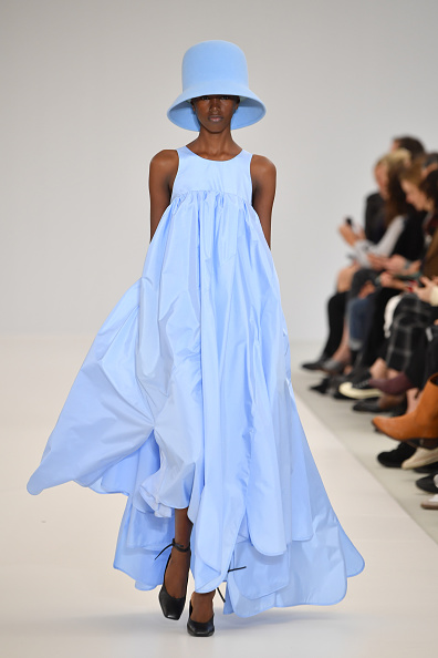 Womenswear「Nina Ricci : Runway - Paris Fashion Week Womenswear Fall/Winter 2019/2020」:写真・画像(1)[壁紙.com]