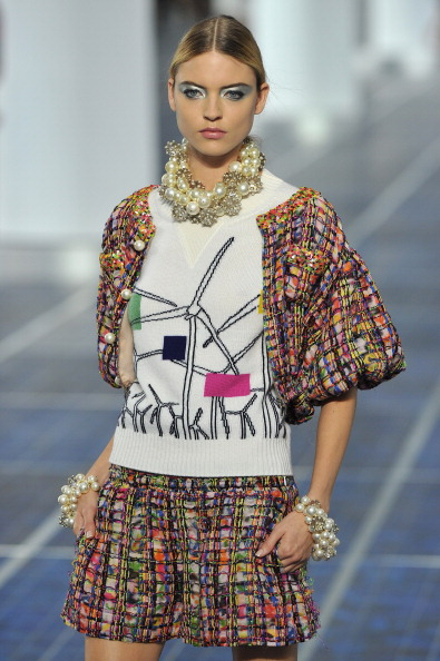 Multi Colored「Chanel: Runway - Paris Fashion Week Womenswear Spring / Summer 2013」:写真・画像(5)[壁紙.com]